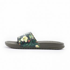 Chancla Nike Benassi Jdi Print Cargo Khaki Light Bone