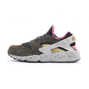 Zapatilla Nike Air Huarache Run Premium Black Desert Moss Solar Red