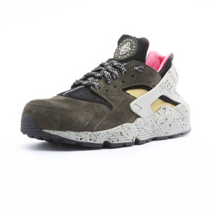 Sneaker Nike Air Huarache Run Premium Black Desert Moss Solar Red