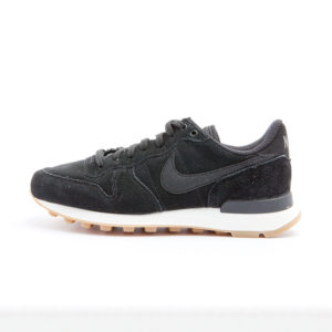 Zapatilla Nike Internationalist SE Black Black Deep Green