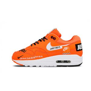 Zapatilla Wmns Nike Air Max LX Just Do It Total Orange White Black