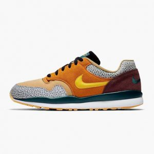 Zapatilla Nike Air Safari SE Monarch Yellow Ochre Flax Mahogany mink