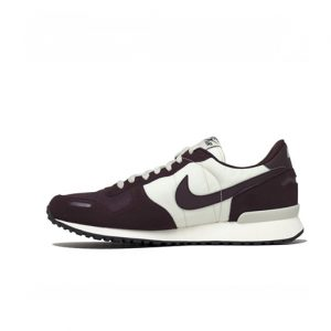 Zapatilla Nike Air Vortex Light Bone Burgundy Crush Sail