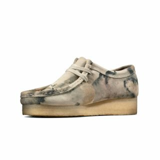 Shoes Clarks Wallabee Off White